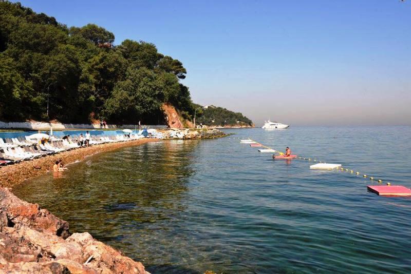 Burgazada Plajları (Ulaşım, 2020 Giriş Ücretleri)