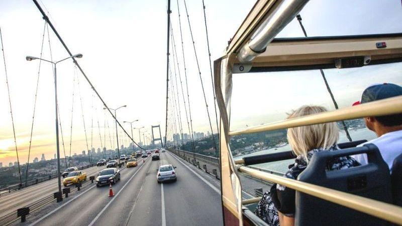 Üstü Açık Otobüs ile İstanbul Şehir Turu (Big Bus Istanbul)