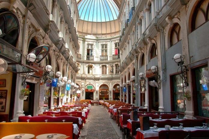 Tarihi Çiçek Pasajı (Cite de Pera), İstiklal Caddesi, Beyoğlu