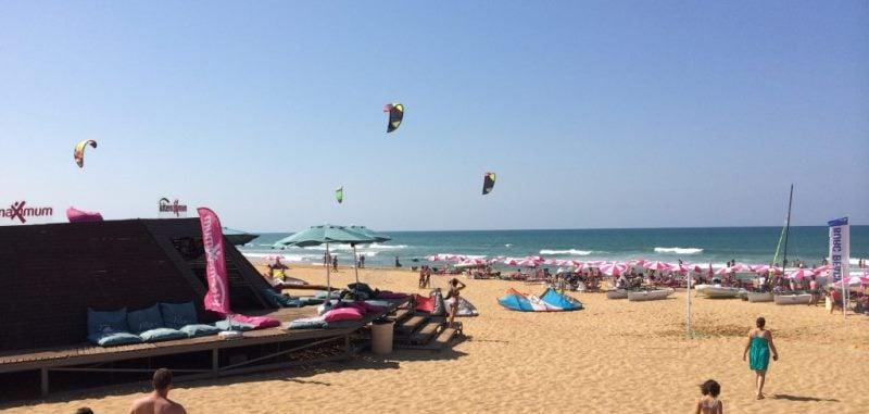 Kilyos Plajları ve Beachler (2021 Giriş Ücretleri, Ulaşım)