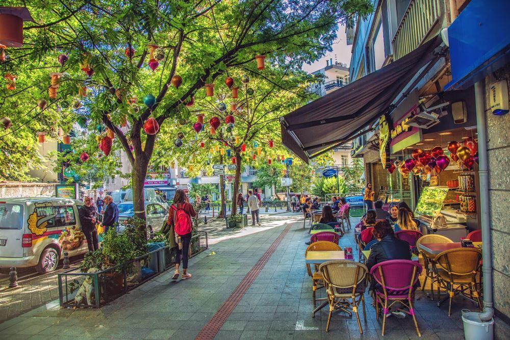 Moda Gezi Rehberi (Gezilecek Yerler, Mekanlar + Tavsiyeler)