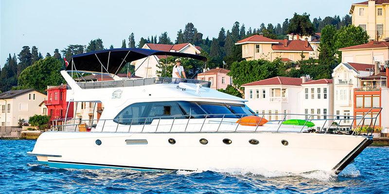 İstanbul Boğazda Günlük Özel Yat ve Tekne Kiralama (2021 Tavsiyeler)